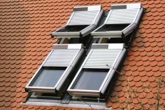 Dachfensterrollladen mit Solar-Betrieb