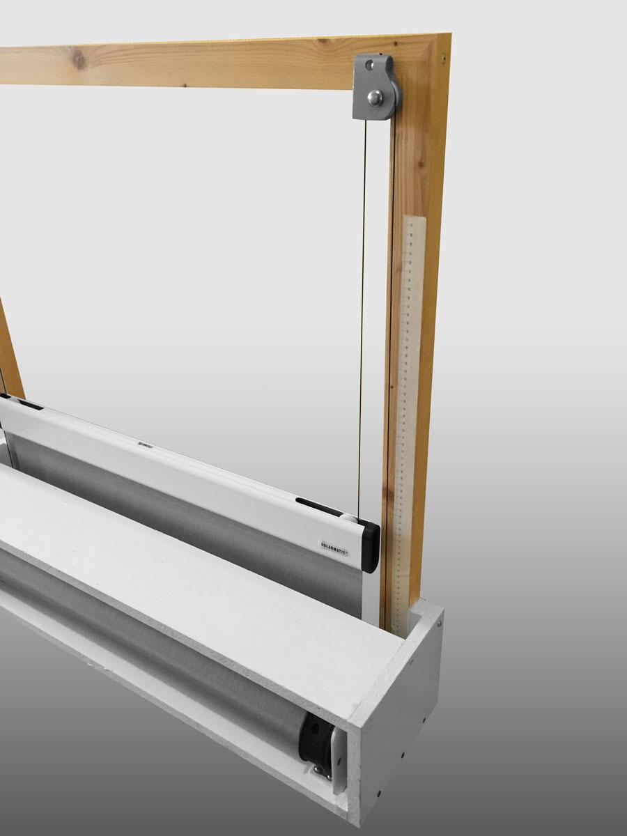 von unten nach oben ausfahrende rollos jalousien markisen. Black Bedroom Furniture Sets. Home Design Ideas