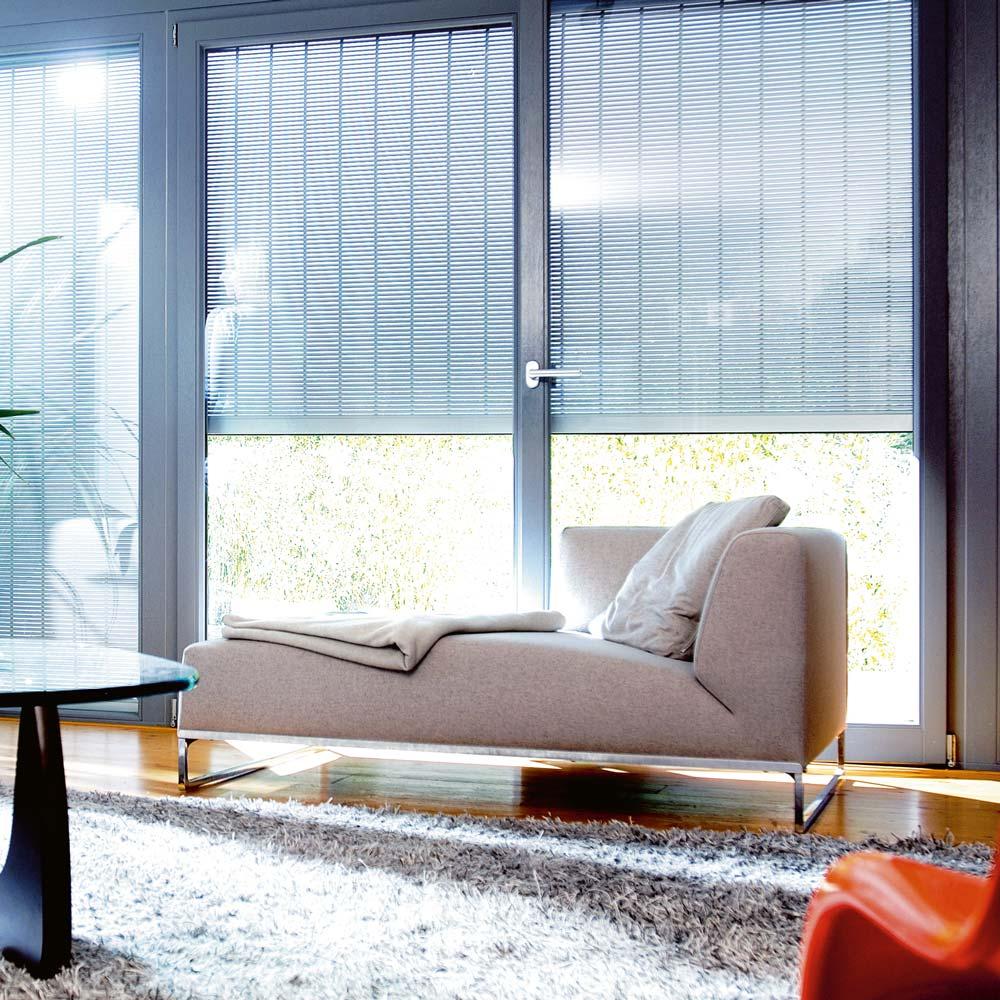 ber hmt bett fenster fotos heimat ideen. Black Bedroom Furniture Sets. Home Design Ideas