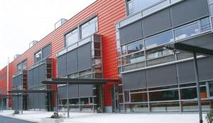 Fassadenmarkisen mit SOLTIS-Behang