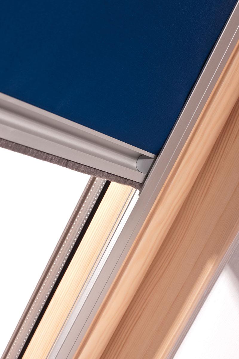 Velux Dachfenster Fliegenschutz : dachfenster rollo in jeder gr e oder schr gverglasung fabrikspreise ~ Watch28wear.com Haus und Dekorationen