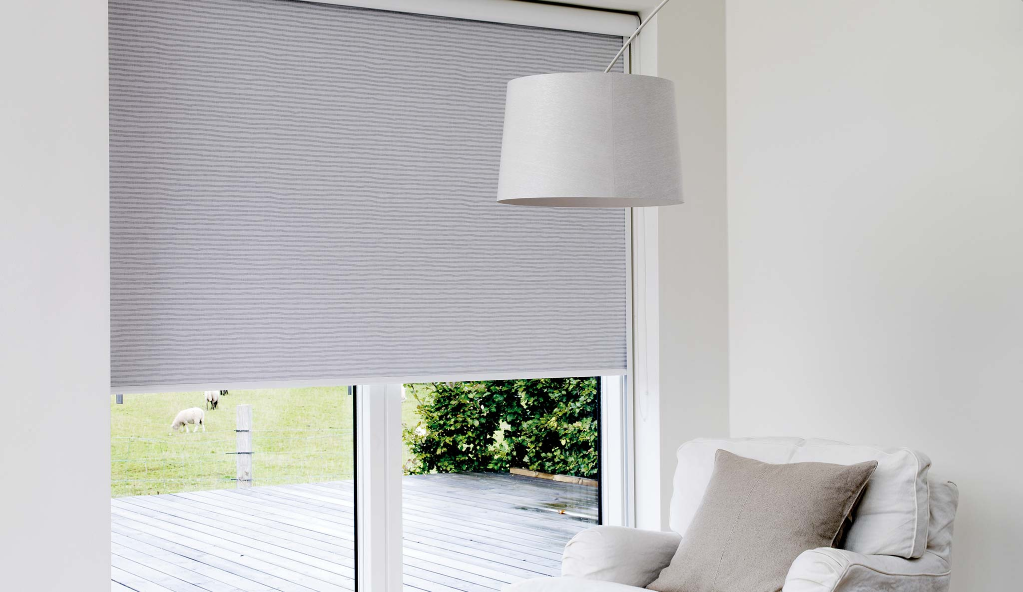 Innenrollos Am Fenster Hochreflektierend Vom Hersteller Rollos De